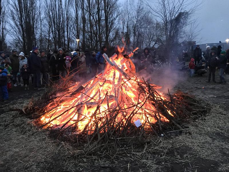 WiR – Wohnen in der Rummelsburger Bucht Nachbarschaftsverein – 6. Rummelsburger Osterfeuer am 31. März 2018