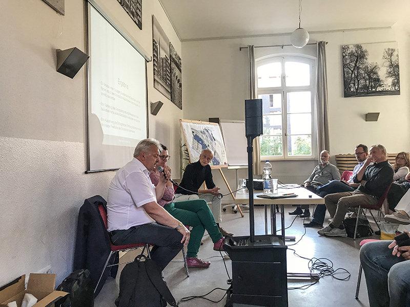WiR – Wohnen in der Rummelsburger Bucht - Nachbarschaftsverein – Anwohnerversammlung Schulen und Verkehr_01